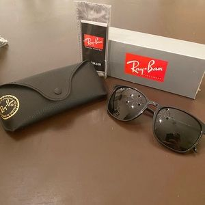Ray-Ban RB4387 Sunglasses - Black